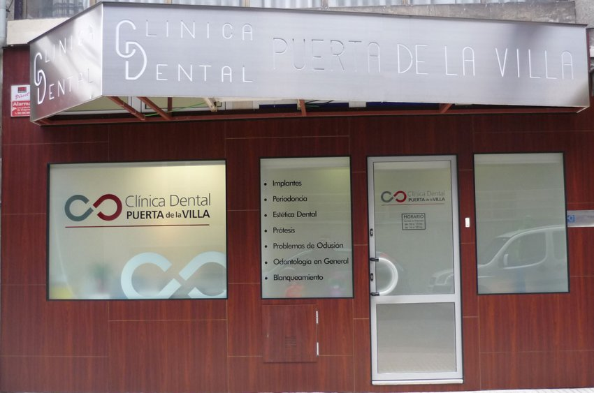 Clínica dental con parking gratuito en Gijón
